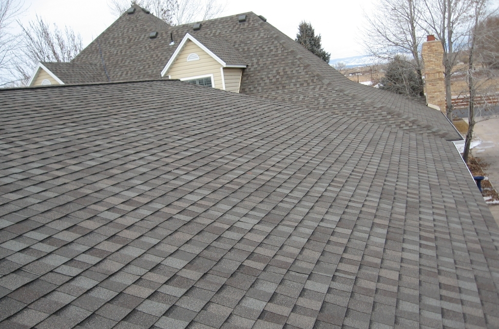 asphalt shingles as a solution for your new roof